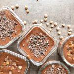 Mousse au chocolat zéro-déchet au pois chiche pour enfants gourmands