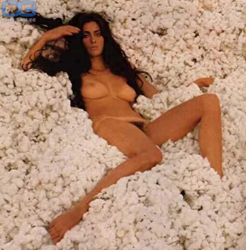 Paula LaBaredas  nackt
