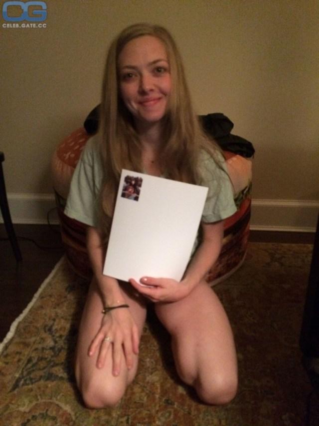 Amanda Seyfried Leaked Photos
