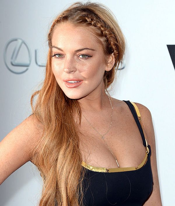 LINDSAY LOHAN at Scary Movie 5 Premiere