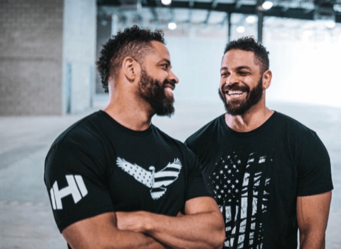 Who are the Hodgetwins?