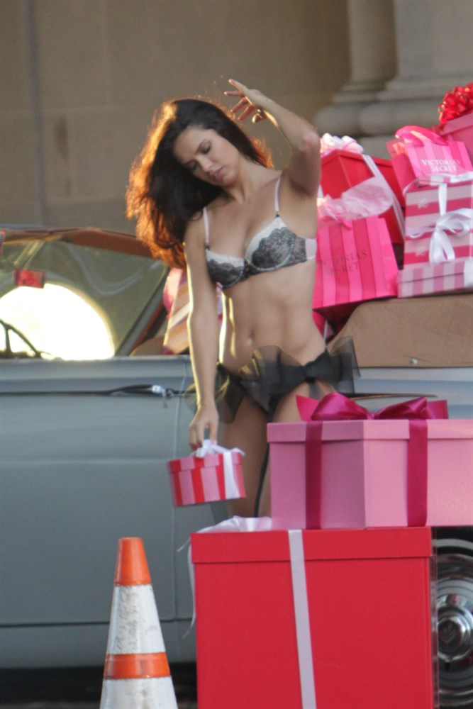 Adriana Lima In A Thong For Victoria's Secret