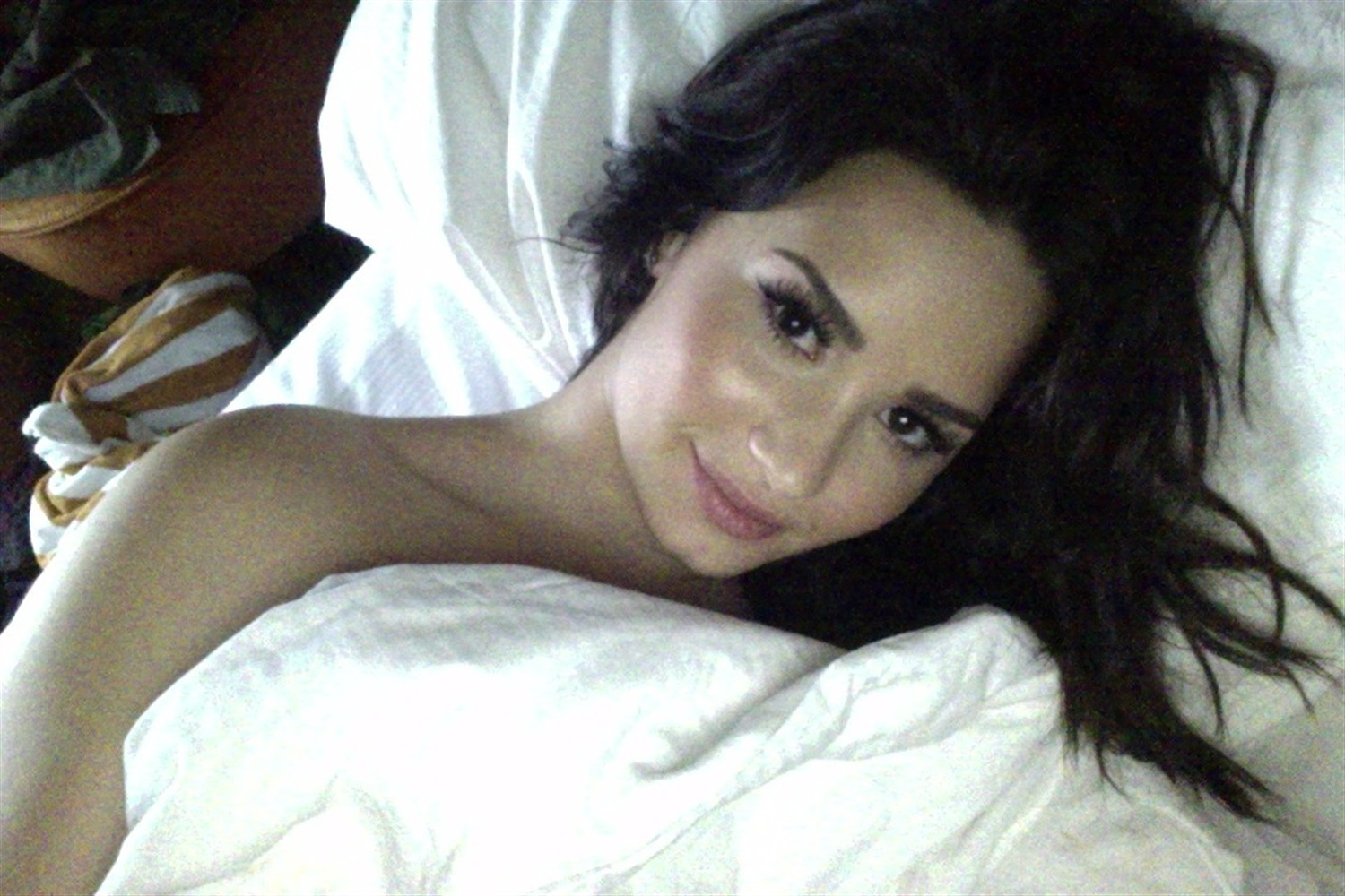 Demi Lovato Nude Hacked Cell Phone Photos Leaked