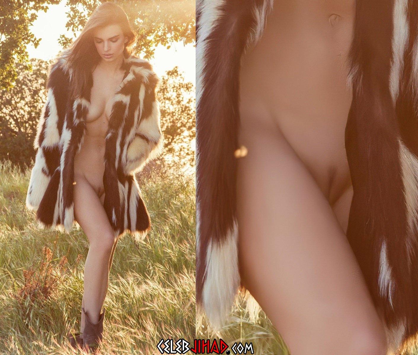 Emily Ratajkowski Nude Pussy Pics Collection