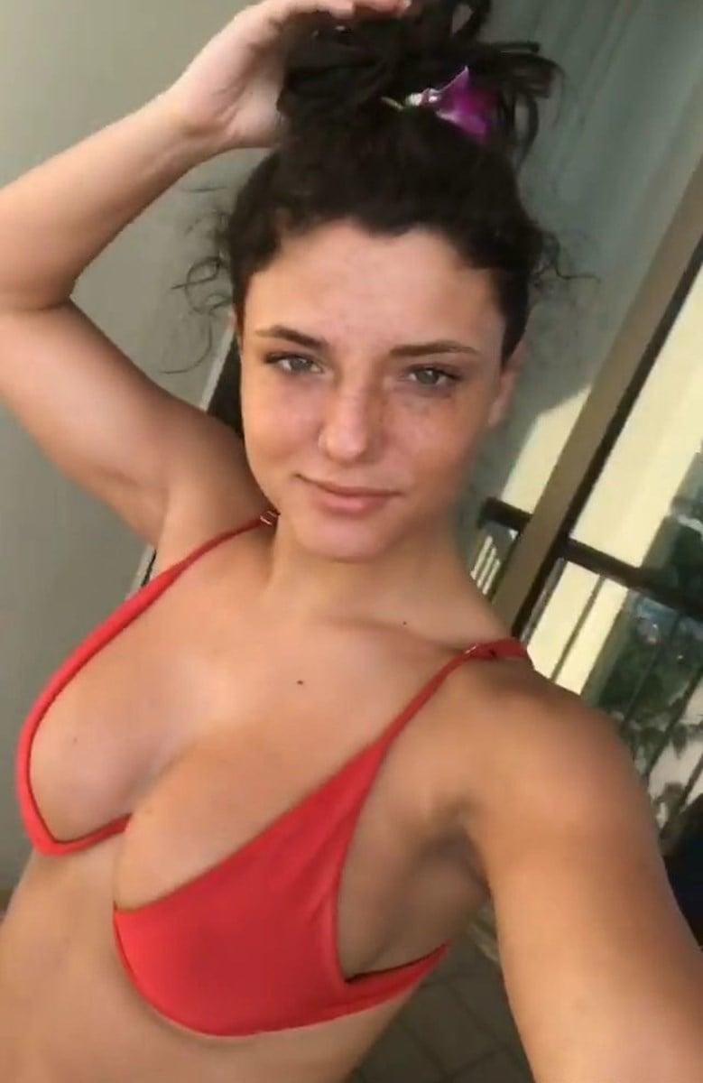 Jade Chynoweth Ass Twerking Compilation