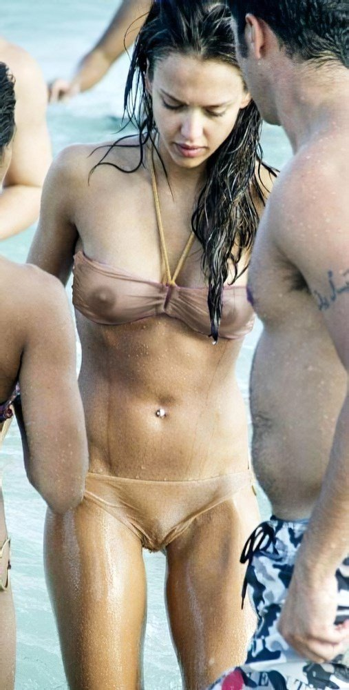 Top 7 Jessica Alba Nude Titty Moments