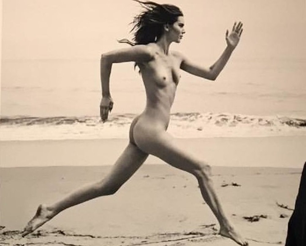 """Kendall Jenner Nude Photos Preview Of Russell James' """"Angels"""""""