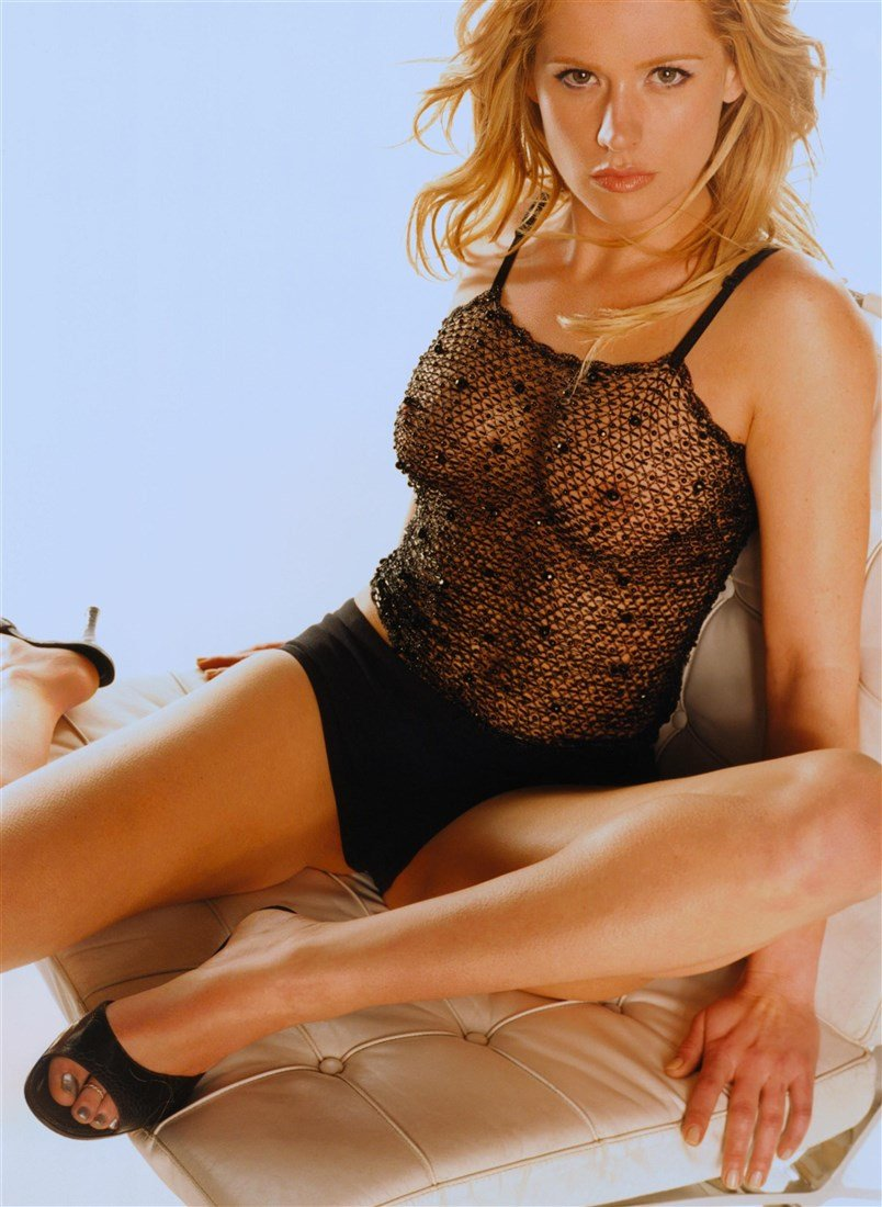 Vanessa Struhler  nackt