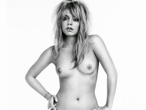 Lily Allen Smoking Topless Photo Shoot