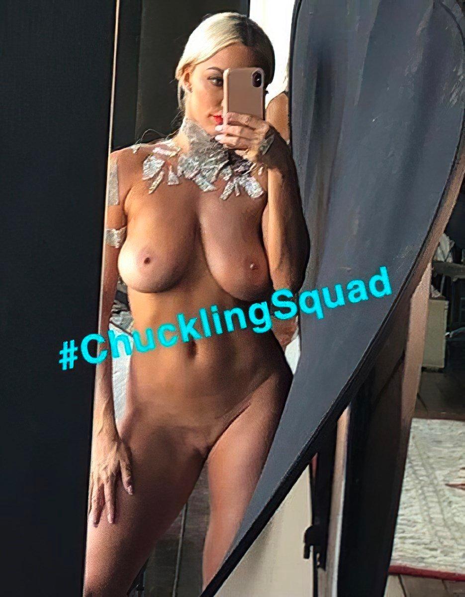 Lindsey Pelas Fully Nude Photos Leaked