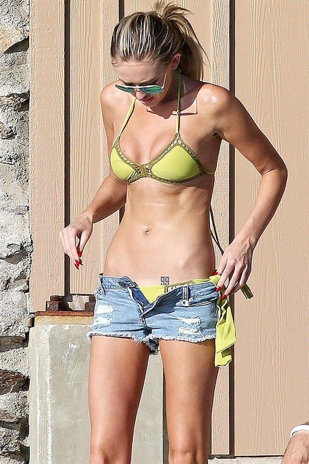 Paulina Gretzky Thong Bikini Pics