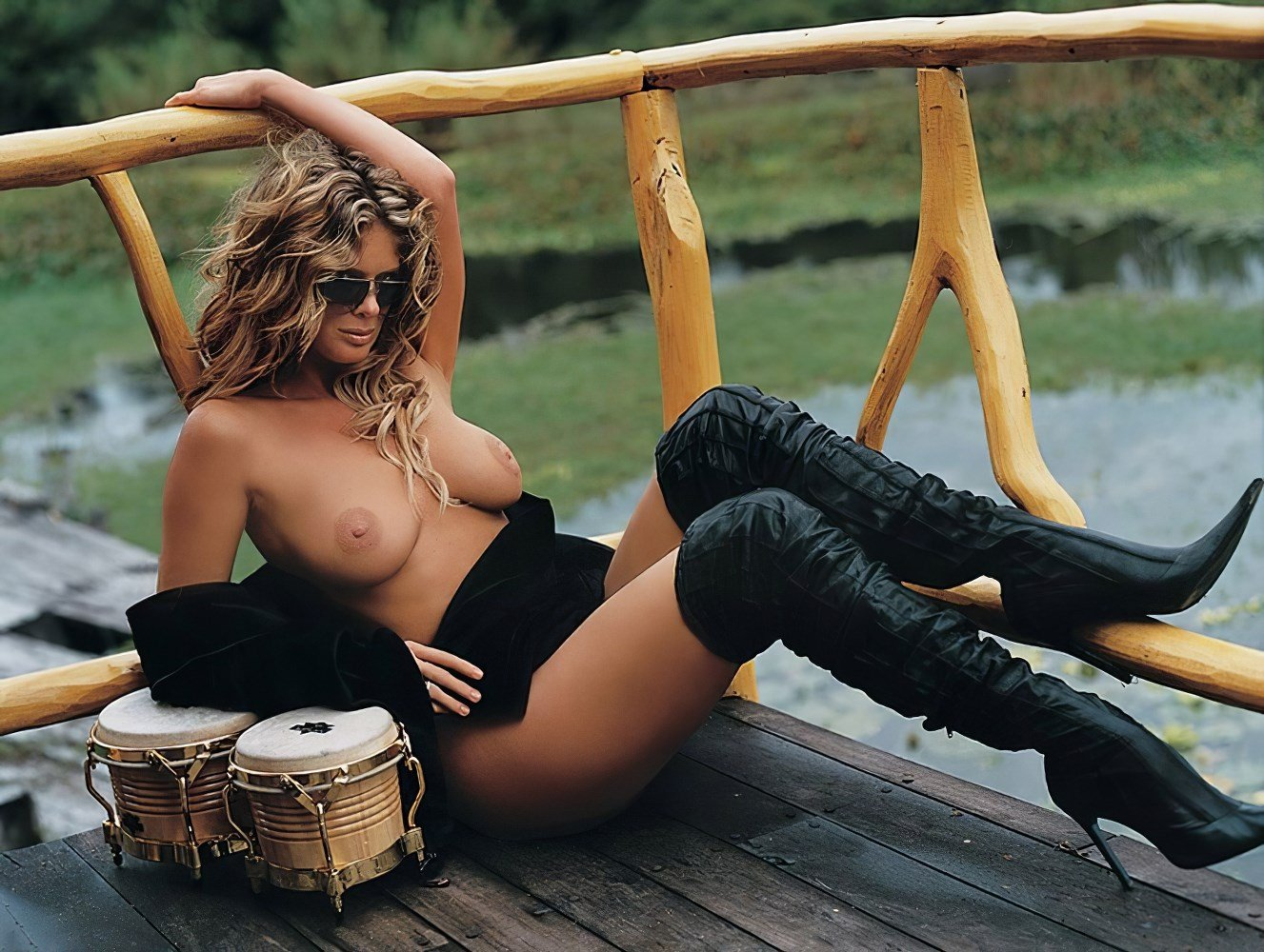Rachel Hunter Nude Photos Ultimate Collection