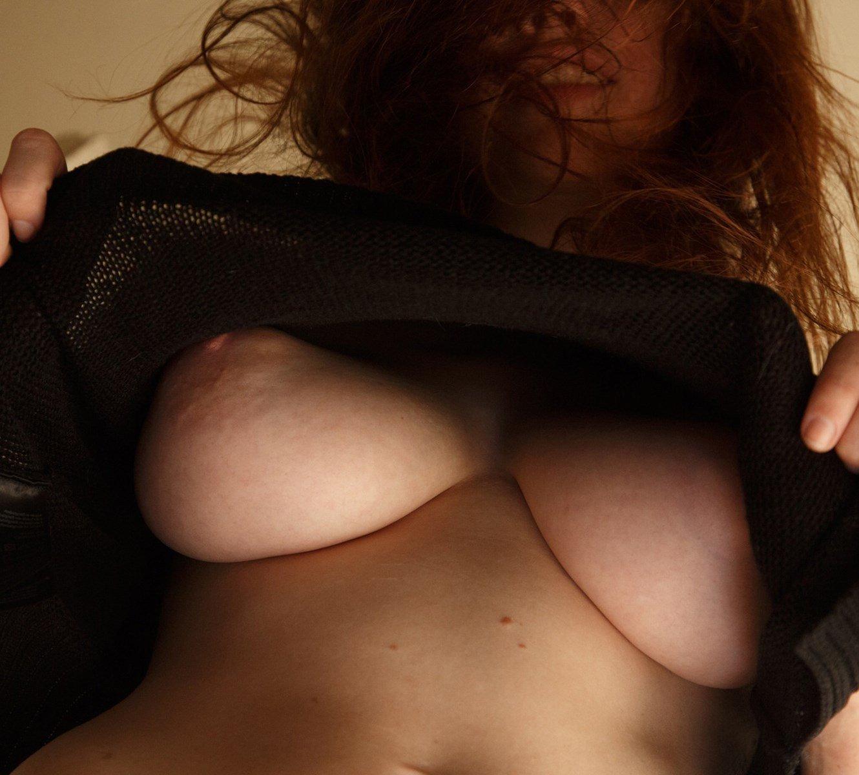 Sabrina Lynn Nude Boobs Photo Shoot