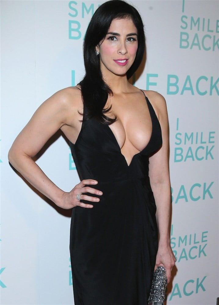Big-Breasted MILF Sarah Silverman Flaunting Her Cleavage