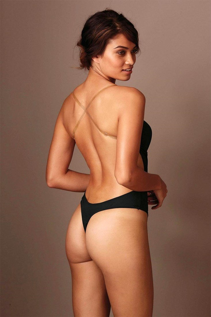 Shanina Shaik Nude Tits And Ass Collection
