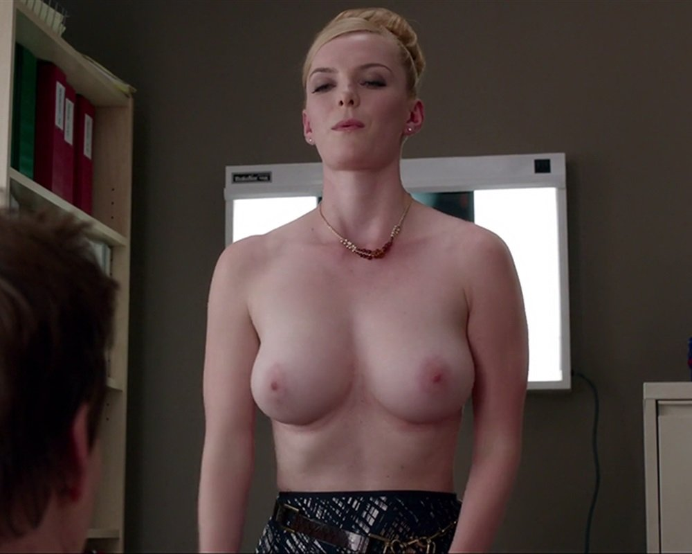 "Betty Gilpin Nude Scenes From ""Nurse Jackie"""