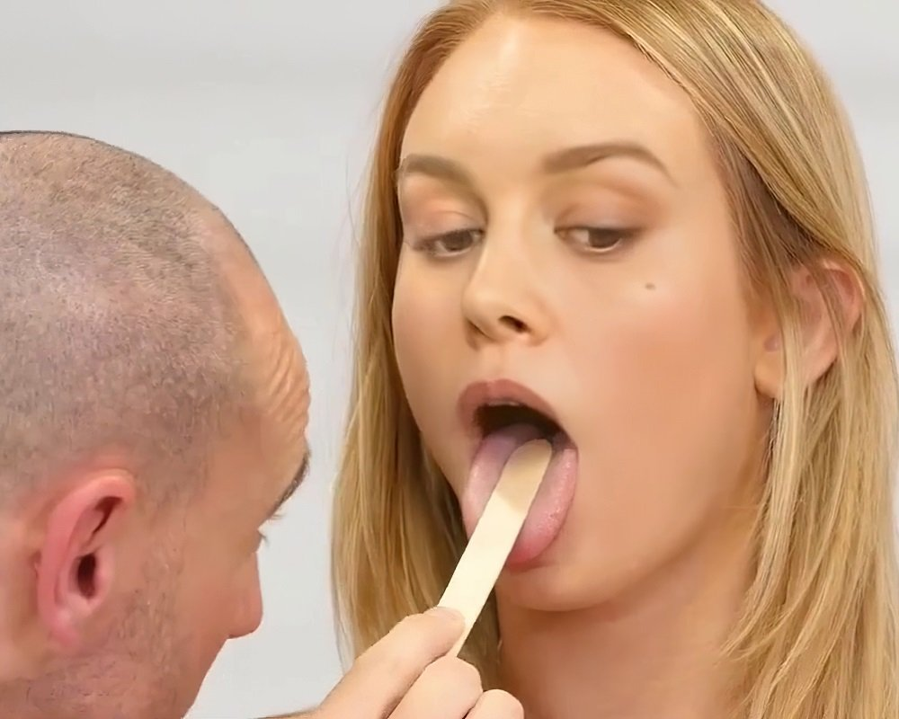 Brie Larson Gets Her Pussy Tested For The Corona Virus