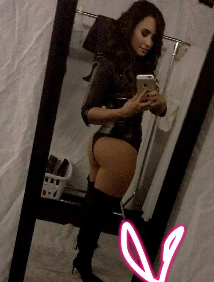 Demi Lovato Flaunts Her Tits And Ass For The New Year