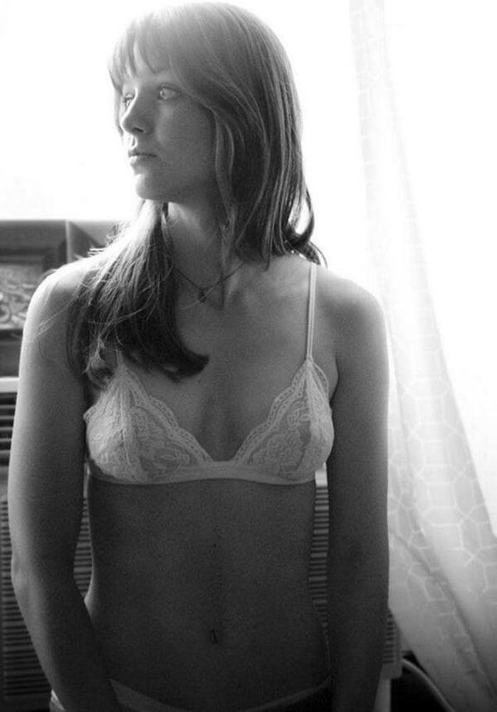 Melissa Benosit Slutty Yoga Moves