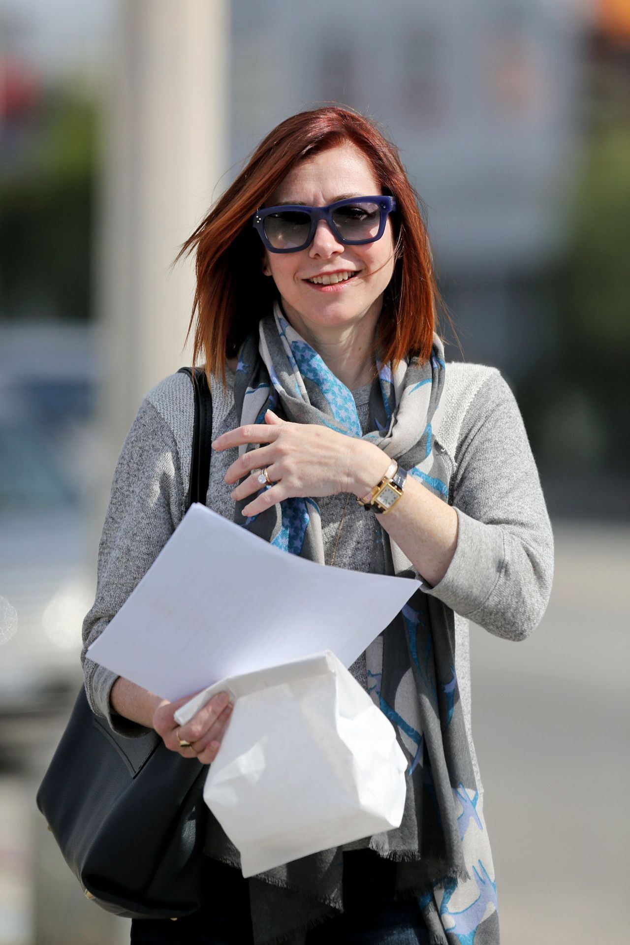 Alyson Hannigan With Her New Hairstyle March 2014