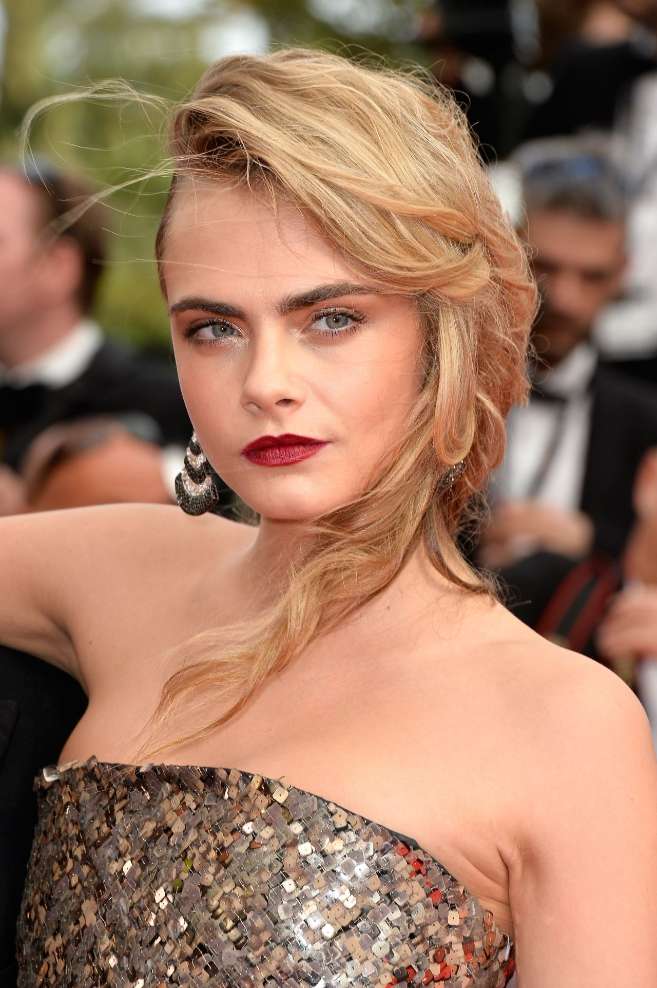 Cara Delevingne In Chanel Couture Short Dress The