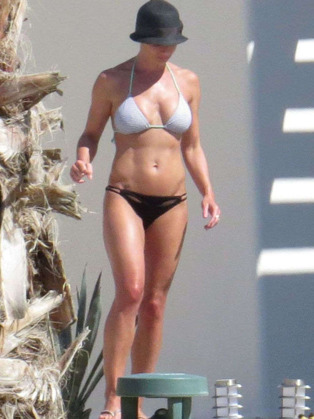 Jaime Pressly Bikini Candids On Vacation In Cabo July 2014