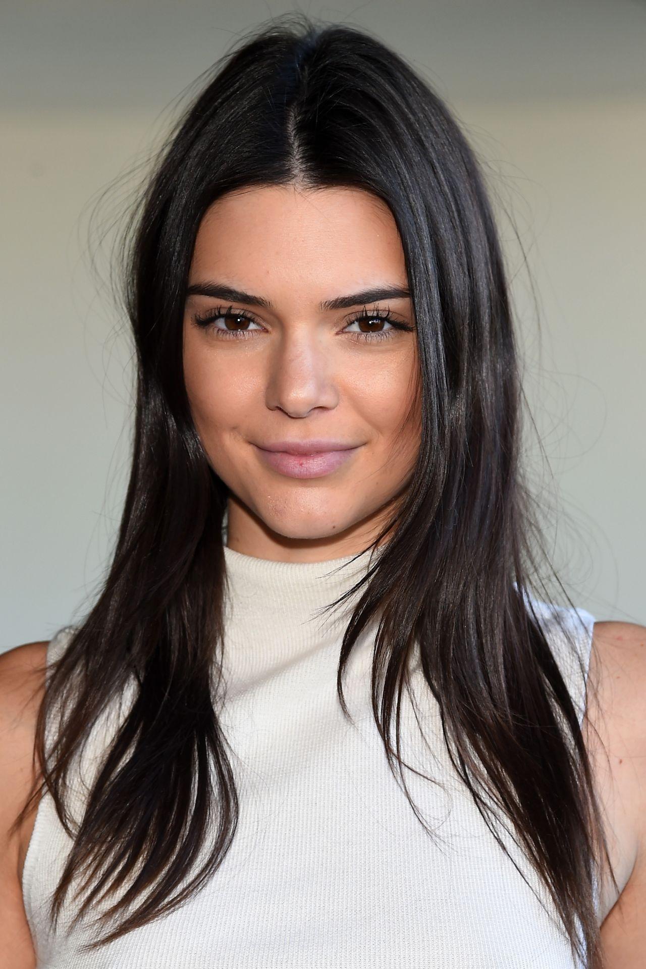 Kendall Jenner Calvin Klein Show New York Fashion Week