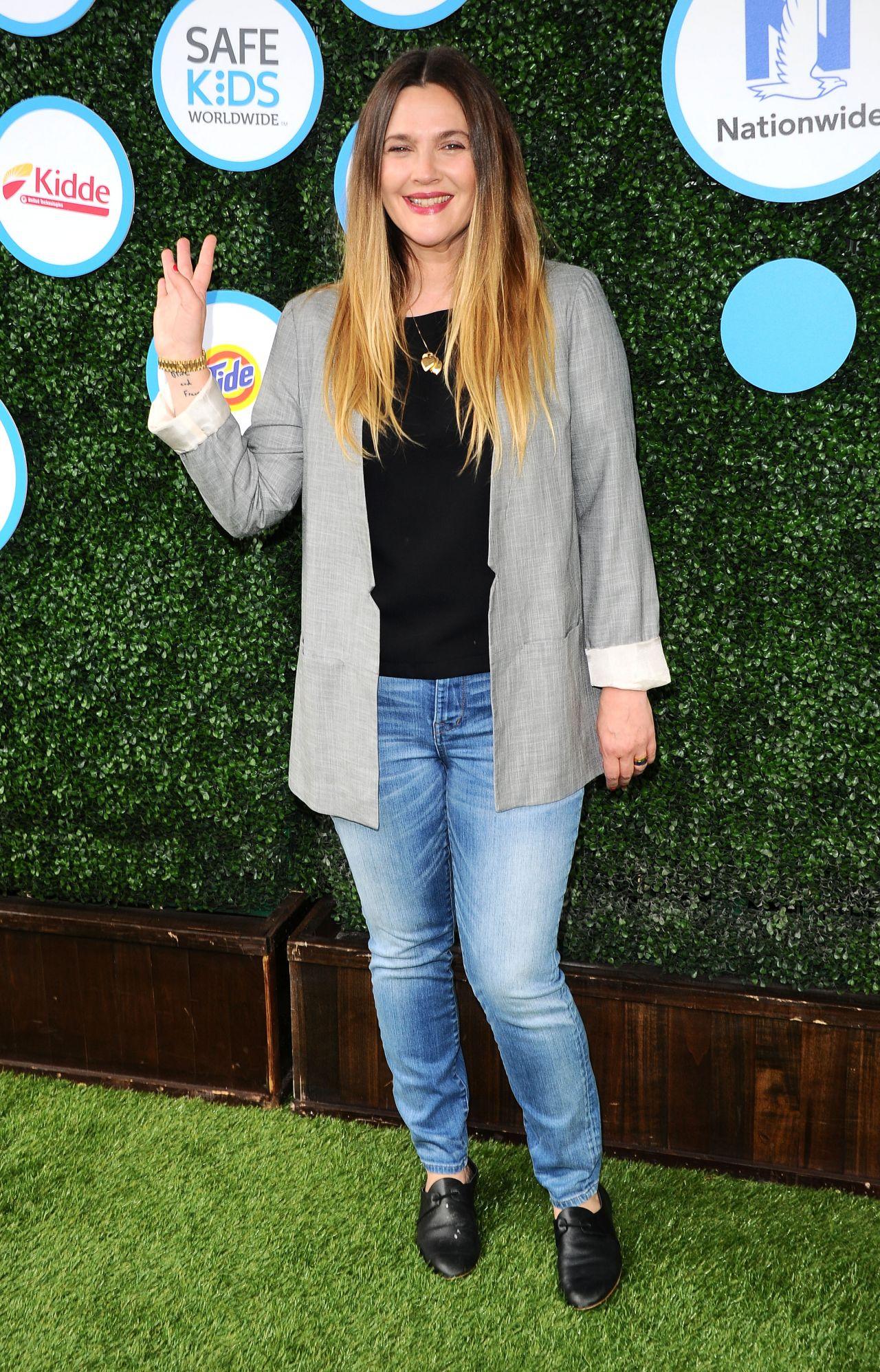 Drew Barrymore Safe Kids Day In Los Angeles 4242016