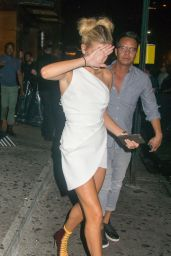 Hailey Baldwin Night Out Style - 1Oak Nightclub in NYC 8/25/2016