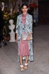 Freida Pinto - Burberry Show - London Fashion Week 9/19/2016