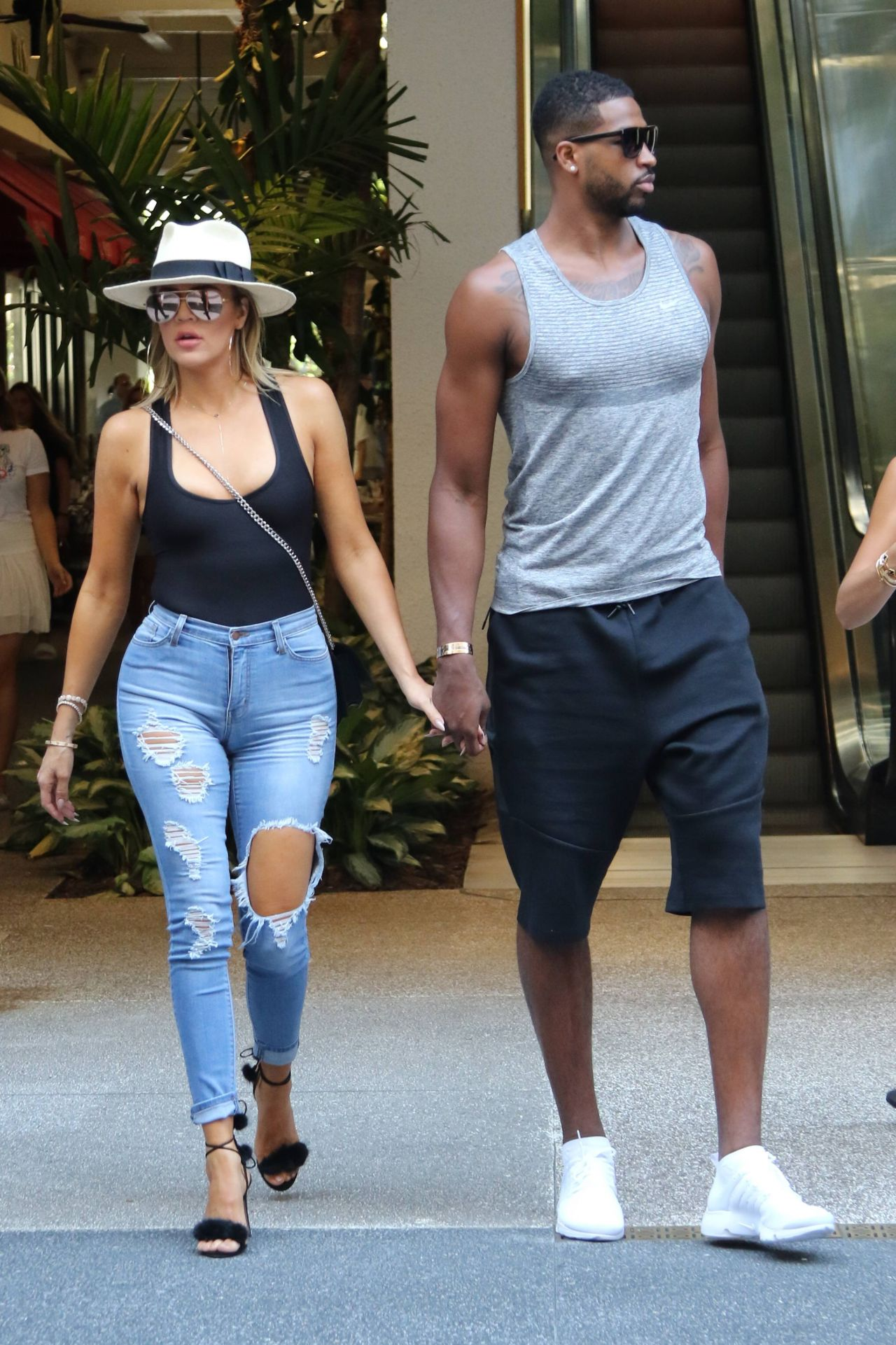Kim Kardashian North West And Khole Kardashian Out In