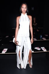 Lais Ribeiro – Cushnie Et Ochs Fashion Show at New York Fashion Week 9/9/2016