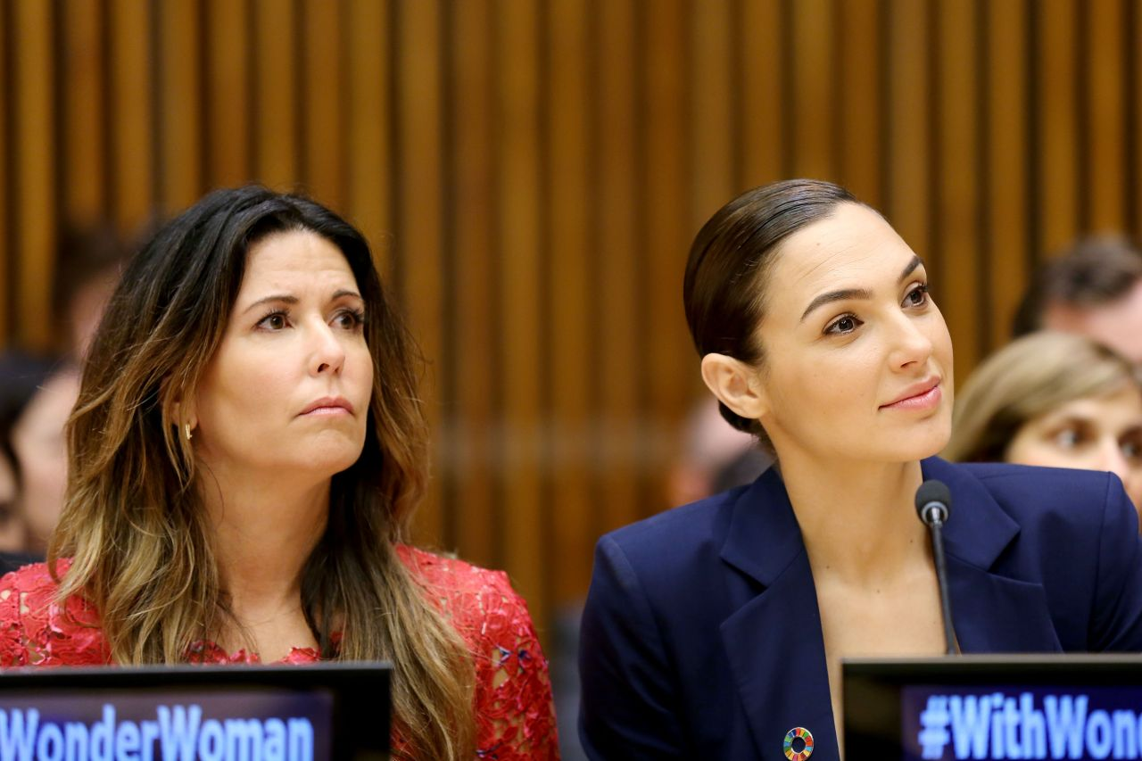 Gal Gadot  Wonder Woman United Nations Ambassador Ceremony In Nyc  10212016-7339