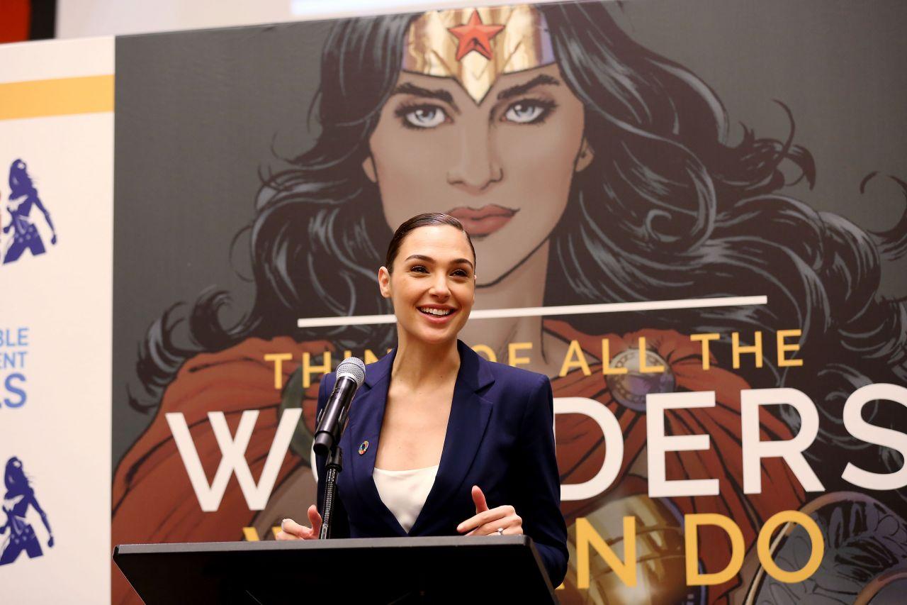 Gal Gadot  Wonder Woman United Nations Ambassador Ceremony In Nyc  10212016-1609