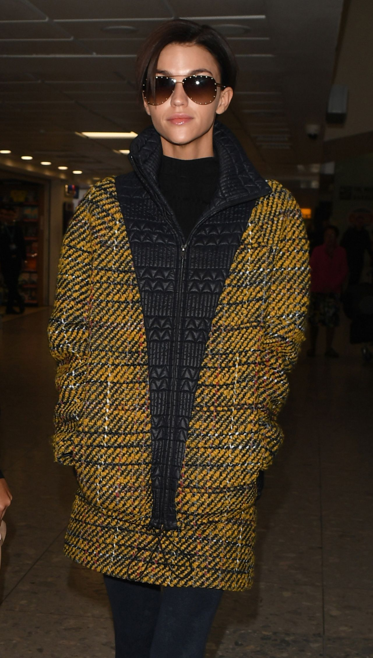 Ruby Rose Travel Outfit Heathrow Airport In London 1 10