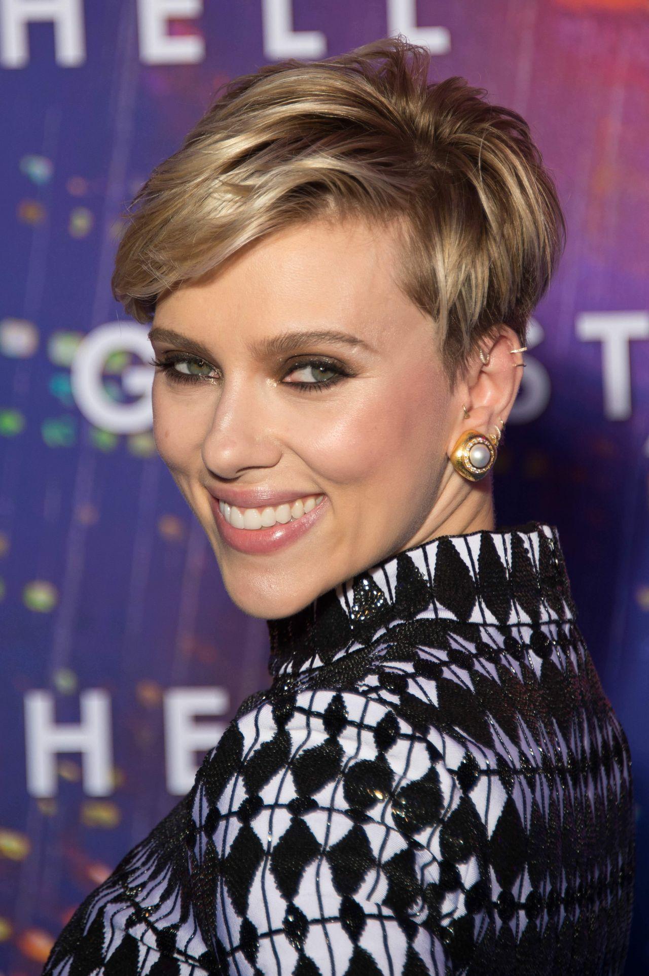 Scarlett Johansson Ghost In The Shell Premiere In Paris
