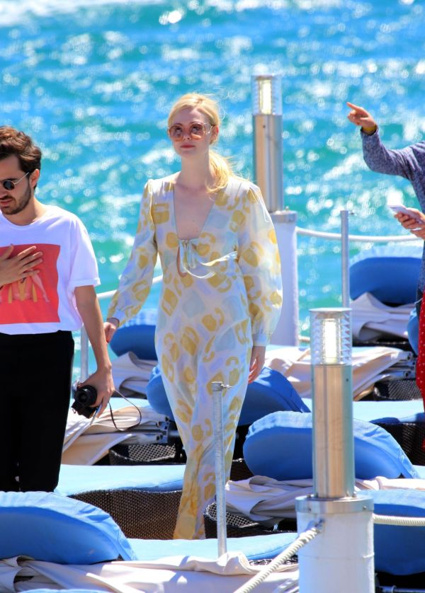 Elle Fanning - Photoshoot on the Beach in Cannes, France ...