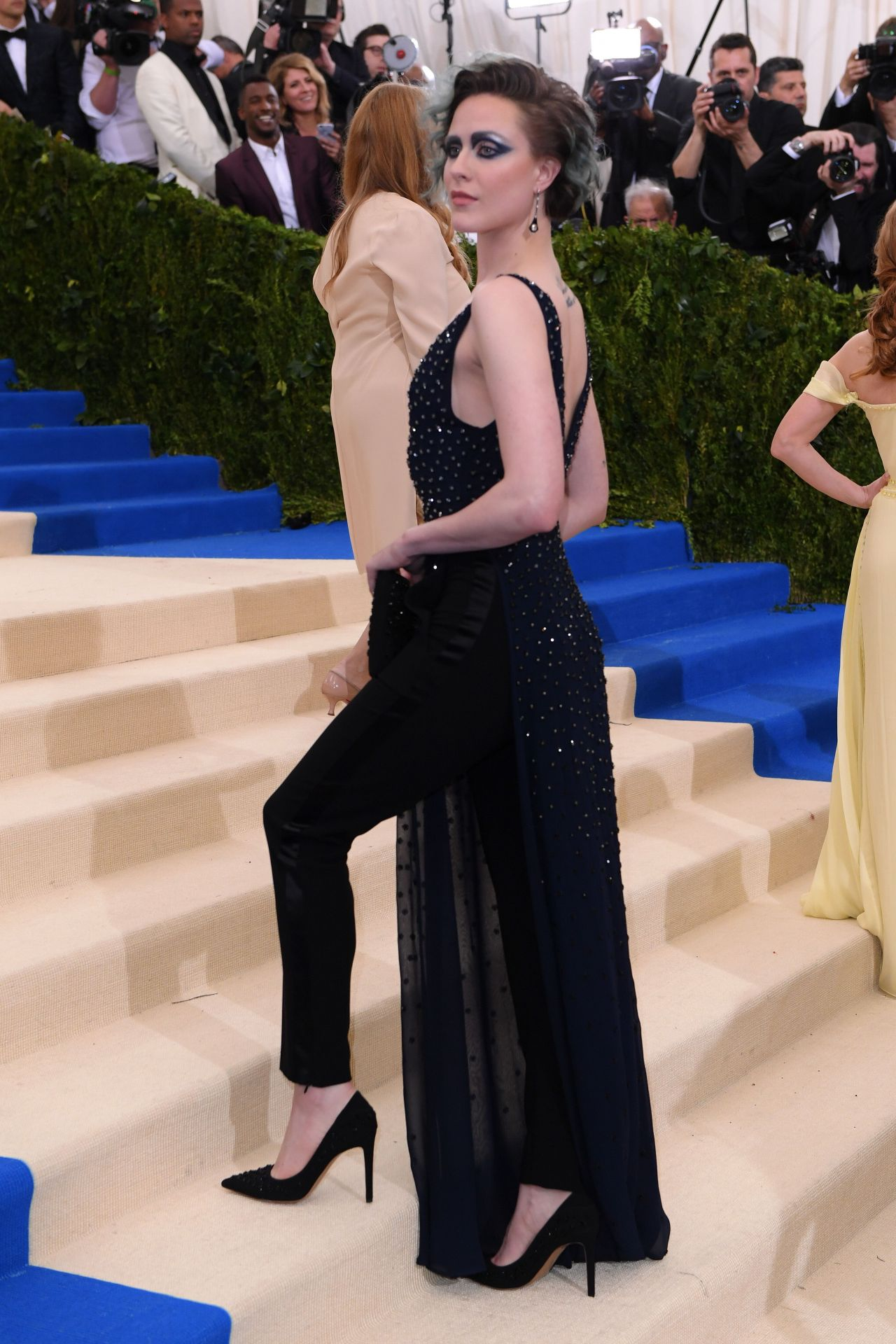 Evan Rachel Wood At MET Gala In New York 05012017