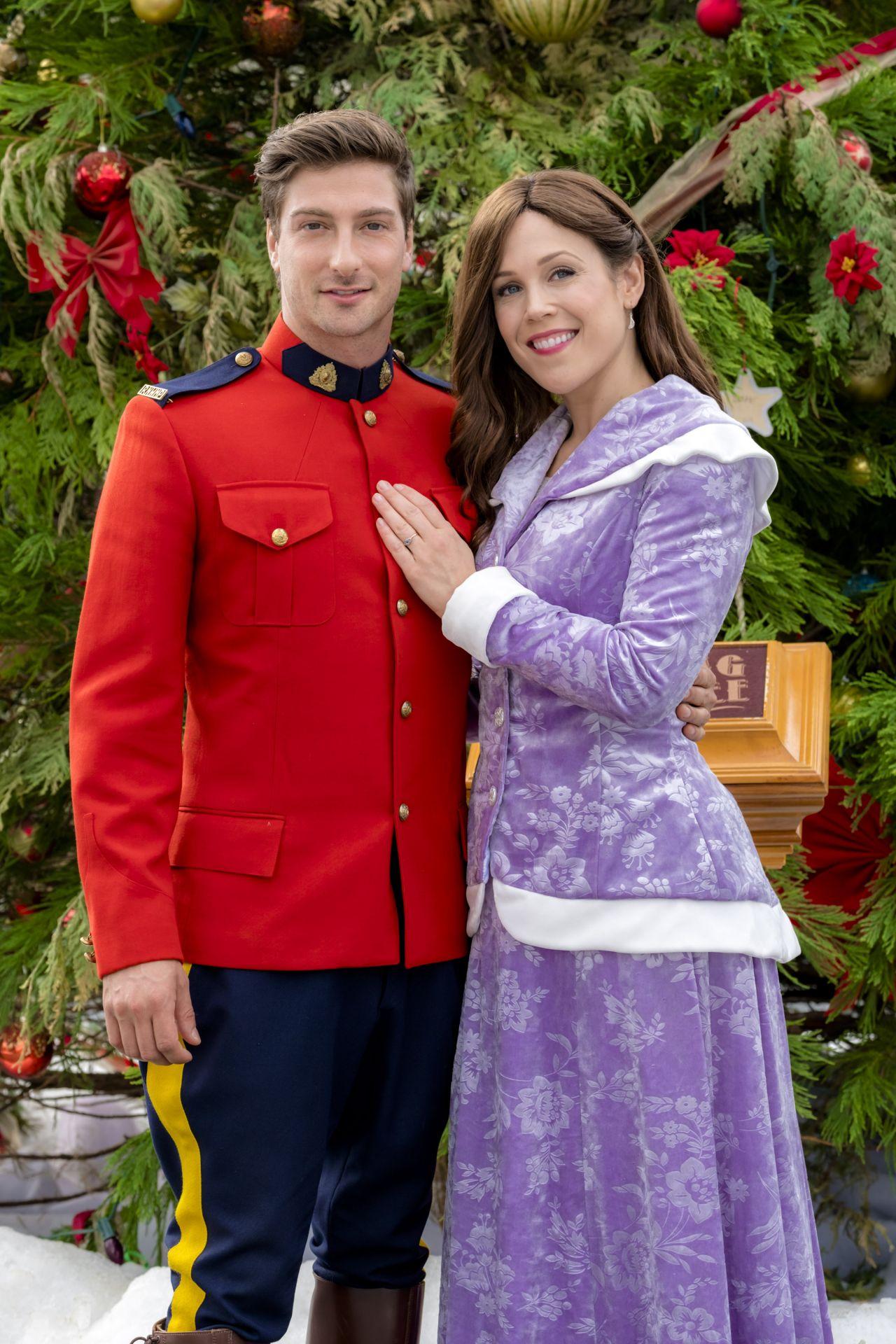 Erin Krakow When Calls The Heart The Christmas Wishing Tree Movie Photos