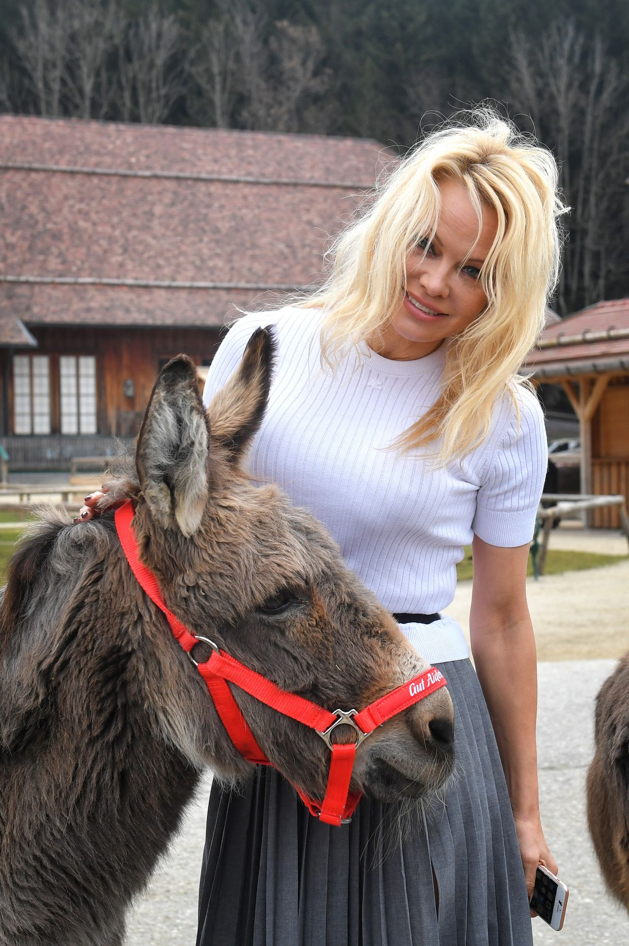 Pamela Anderson At The Easter Market In Gut Aiderbichl In