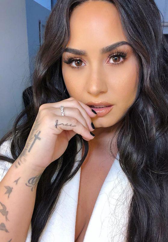 Demi Lovato Latest Photos CelebMafia