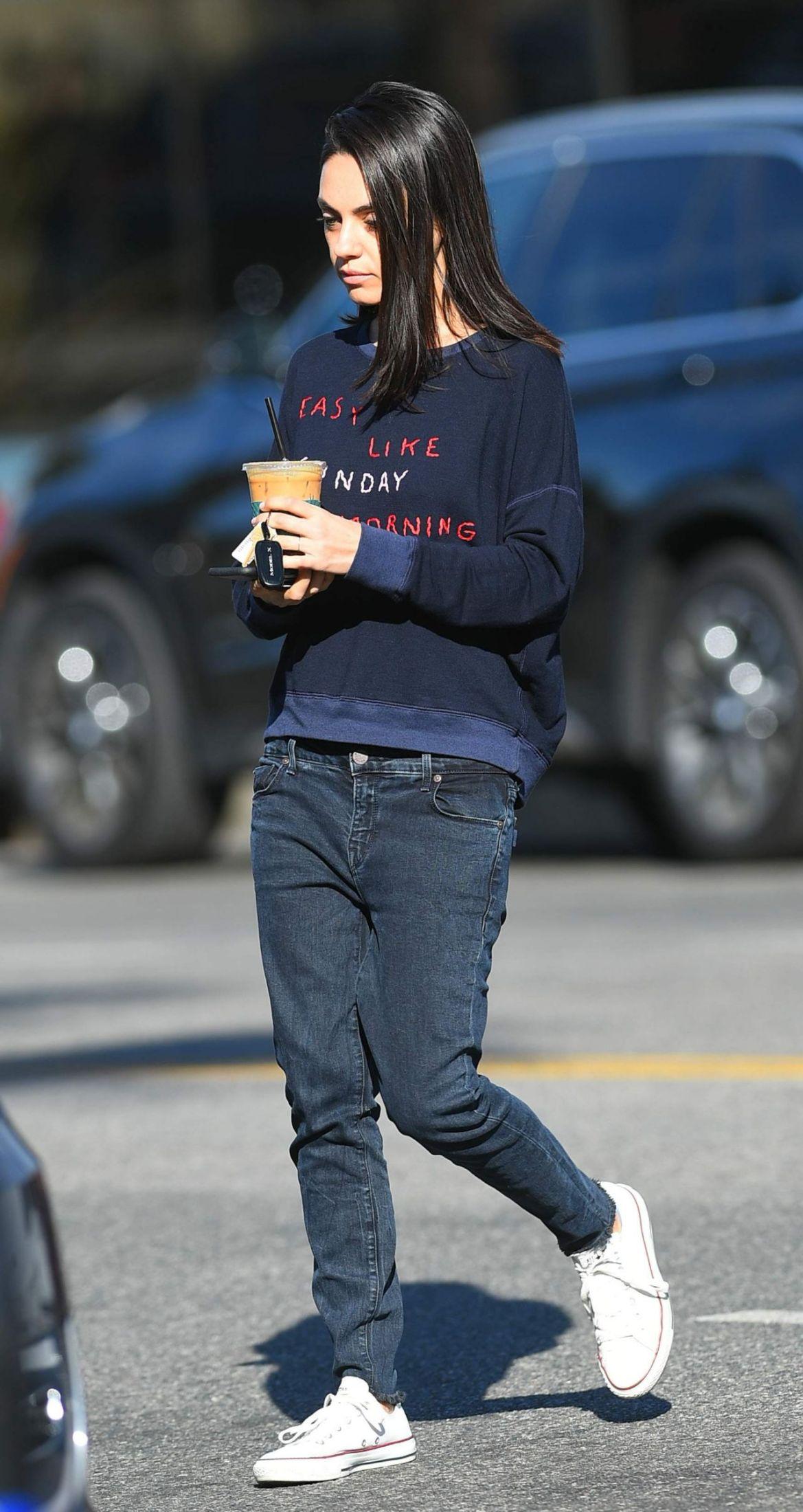 Mila Kunis Street Style 11/15/2018
