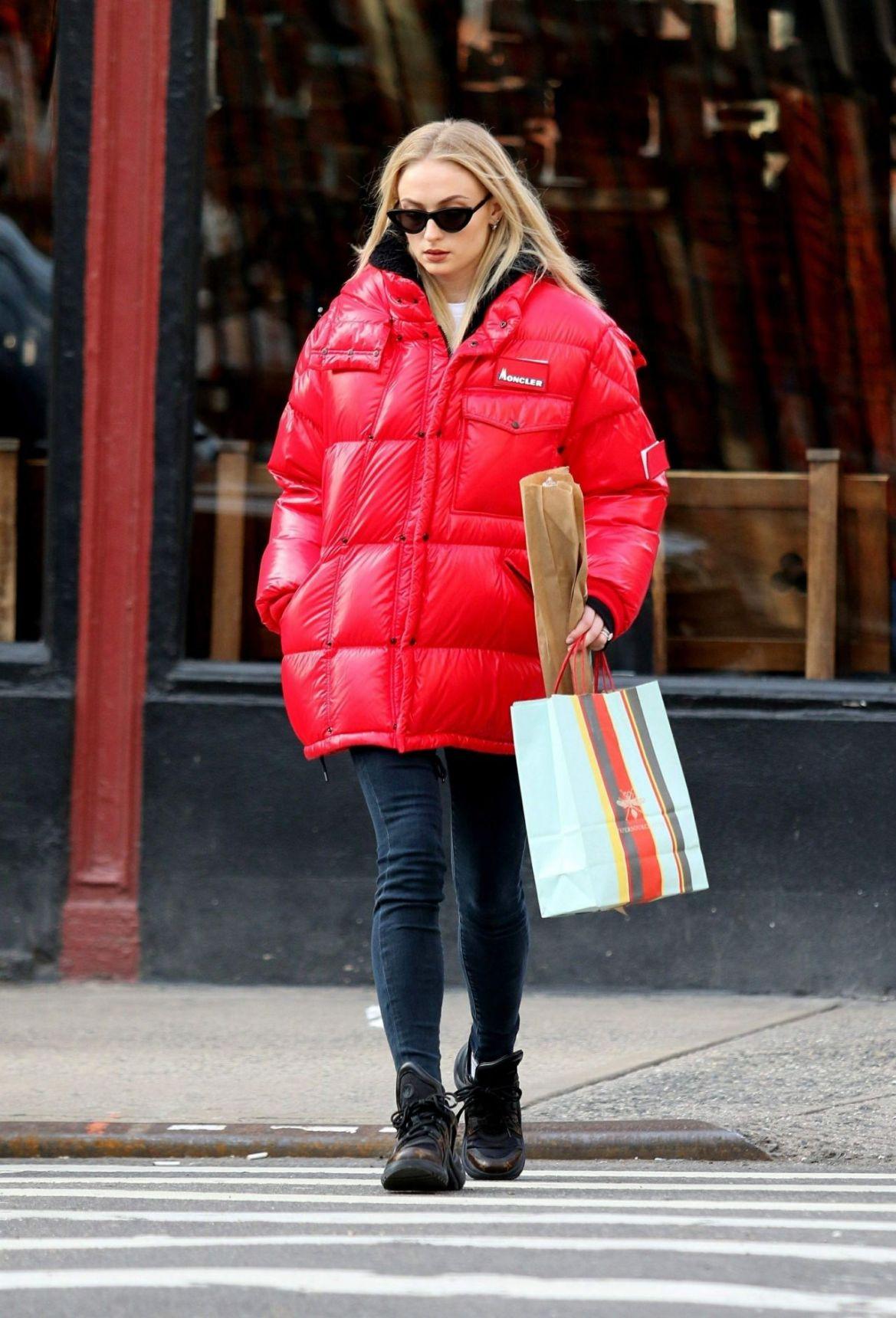 Sophie Turner – Christmas Shopping in New York 12/20/2018