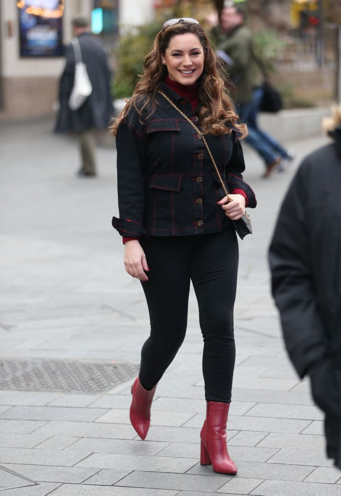 Kelly Brook Street Style 01/14/2019