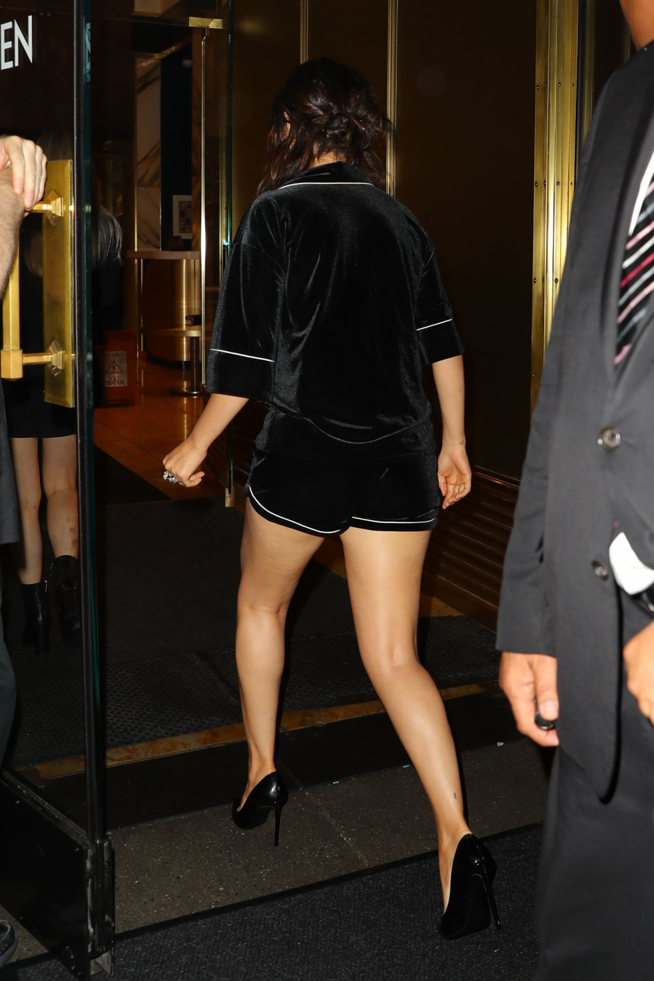 Selena Gomez In Pajamas Quot The Dead Don T Die Quot After Party