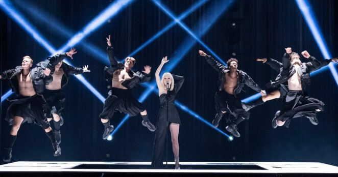 """Anna Bergendahl performing her song """"Kingdom Come"""" on the Melodifestivalen 2020 stage"""