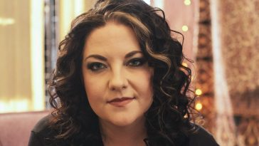 Ashley Mcbryde press image