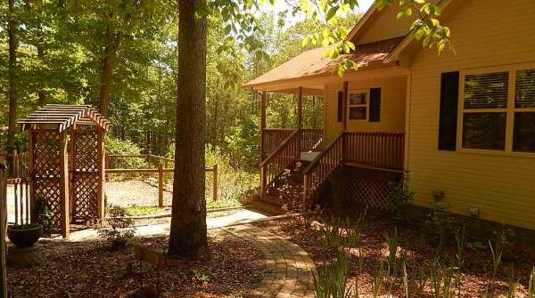 Cabins in Cosby, Cabins near Rocky Top Sports World, Cosby Cabins, Cosby TN Cabins, Gatlinburg Cabin Rentals, Gatlinburg Cabins, Gatlinburg Vacation Rentals, Luxury Mountain Cabins, Smokies Vacation Rentals, Smoky Mountain Cabins, Tennessee Creekside Cabins