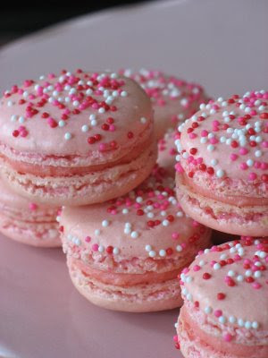 Pink Macaroons for a pink paris party