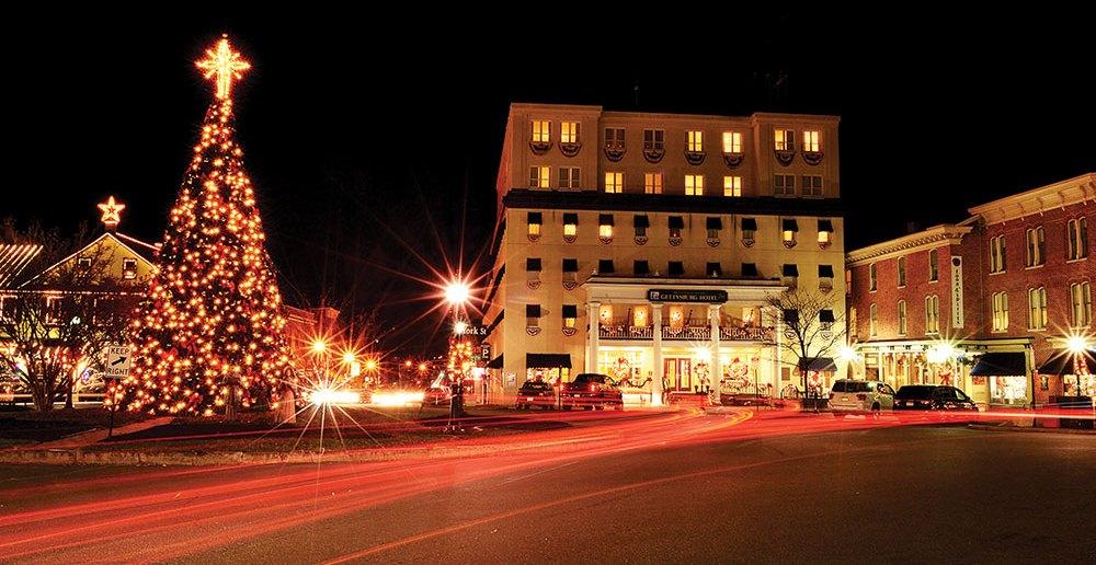 Lincoln Square at Christmas